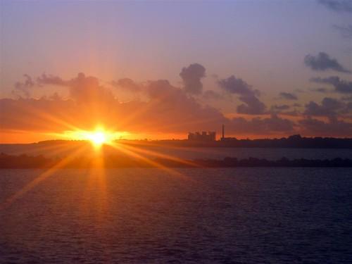 Pôr-do-sol no Rio da Prata.