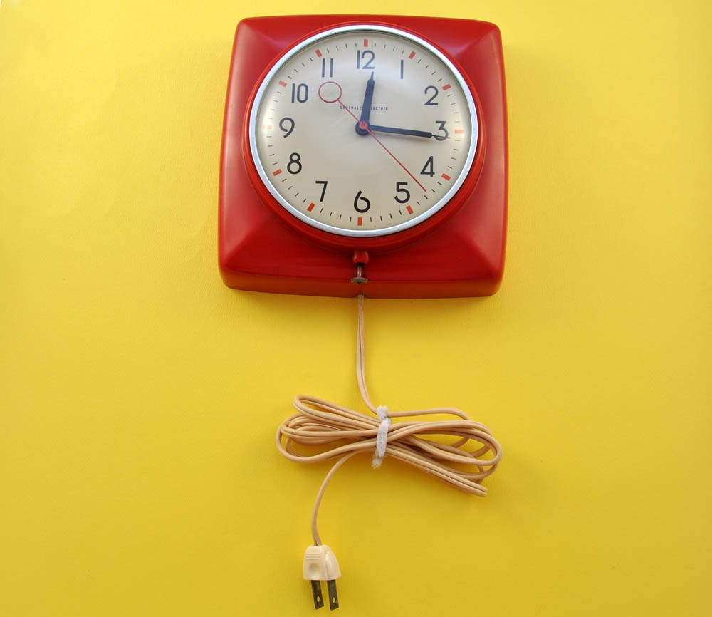 1950s Funky Vintage Red Wall Clock