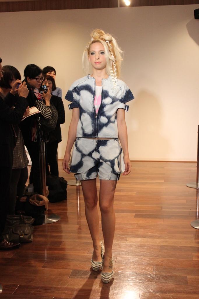 """Naoshi Sawayanagi Collection """"Japan Fashion Week in TOKYO 2010″ (7)"""