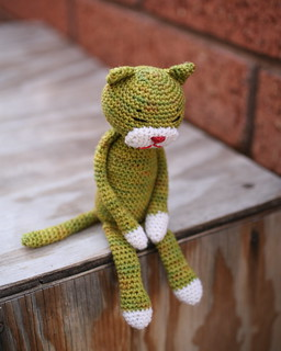 Amineko Crocheted Cat pattern by Nekoyama
