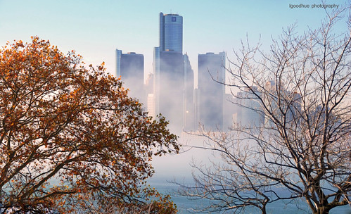 Detroit thru the fog
