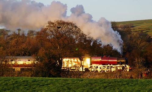 Golden moment (geoffspages) Tags: railway steam 8f 8624 uksteam cauldonlowe