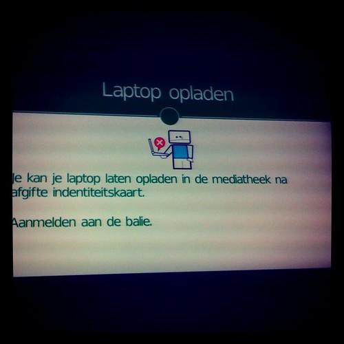 Laptop opladen
