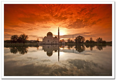 As-Salam Mosque ~ Masjid As Salam (SHAZRAL) Tags: reflection water canon landscape eos mosque filter malaysia grad masjid puchong selangor assalam cokin gnd p121 ef1740mmf4lusm p125s azralfikri shazral 5dmark2