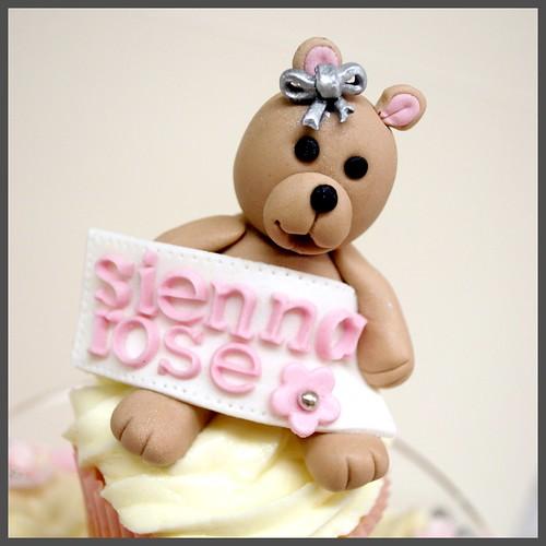 Bears Garden Cupcakes