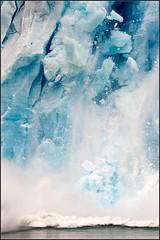Il Crollo (Ennio78) Tags: sea patagonia ice beagle argentina faro tierradelfuego ushuaia nikon mare nave fin peritomoreno perito moreno mundo elcalafate ghiaccio ennio calafate chalten ghiacciaio terradelfuoco elchalten navigazione d700 canaledibeagle ennio78 enniocicchetti emisferosud