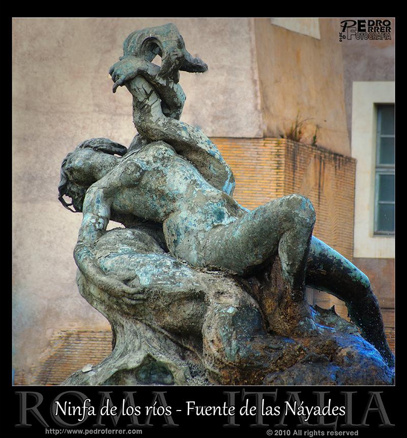 Roma - Fuente de las Náyades - Ninfa de los ríos