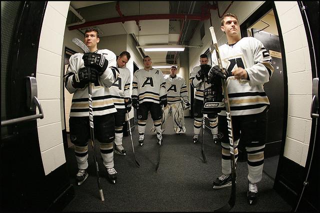 Army hockey takes the ice