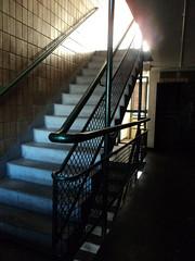 Wendover stairwell, Aylesbury Estate (J@ck!) Tags: london stairwell towerblock walworth socialhousing se17 aylesburyestate londonboroughofsouthwark