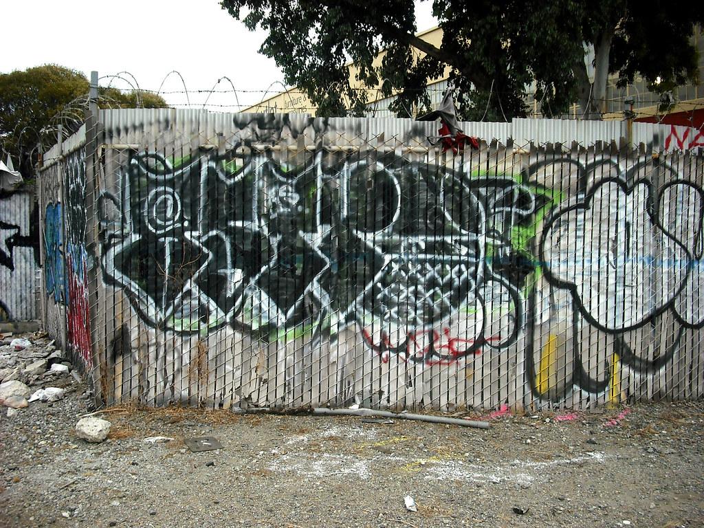 ASTRO graffiti - Oakland, Ca