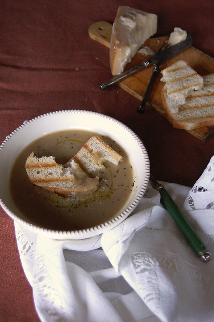 Zuppa di porcini e castagne