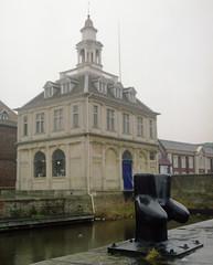 customs house (SaltGeorge) Tags: film mediumformat 6x7 customshouse kingslynn fujicolorpro400h