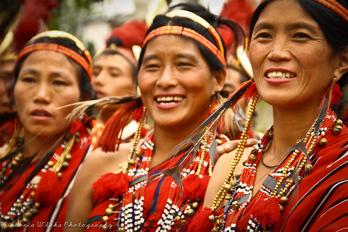 Naga Women Having Fun by viwehei