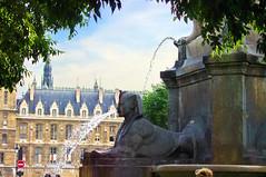 Paris la fontaine du Chtelet 17 (paspog) Tags: paris france place fontaine chtelet fontaineduchtelet fontainedelaplaceduchtelet