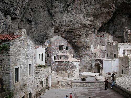 DSCN0236 Monastère de Sümela, vue de l'intérieur