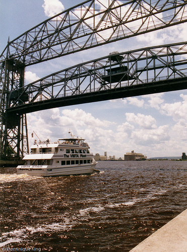 Duluth lift bridge-1