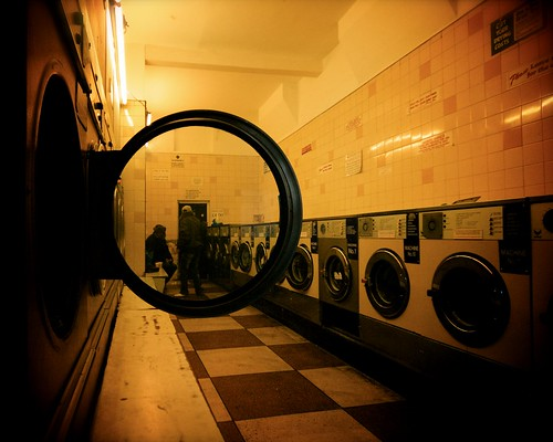 launderette in hackney (january 2009)