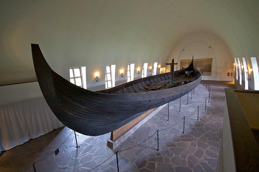 vikings-ship