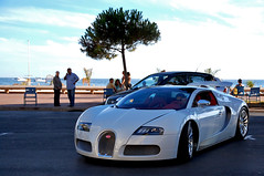 Bugatti Veyron Gransport (Gaetan | www.carbonphoto.fr) Tags: red sun white yellow hp nikon dubai cannes emirates chrome arab porsche stephanie palais cote bugatti luxury ch exotics supercars 1001 veyron ksa dazur gransport gt1 d40 9961 quatar worldcars 1685mm