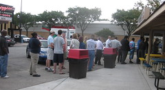 Johnnie's Italian Beef in Elmwood, IL - the line at lunch