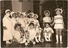 Nol 1970 au centre Schifanoa (Nathalie Le lann) Tags: injs villefranchesurmer schifanoa 06230