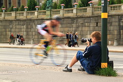 20100829_0001_1600 (wfxue) Tags: longexposure people castle bike bicycle sport photography cycling photographer action stockholm lamppost