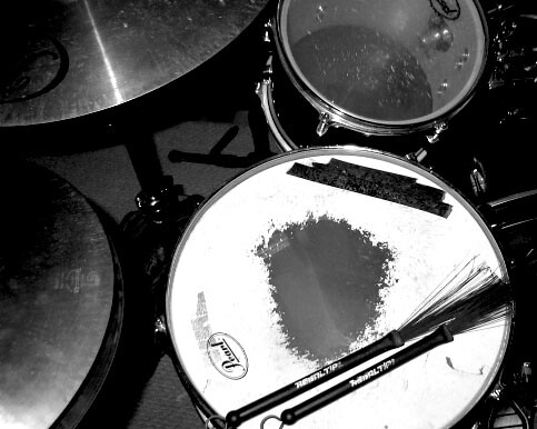 bw tom drum brushes hihat cymbal snare