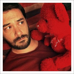 52 Weeks (21): Help.........Me.......... (Sion+Anton) Tags: portrait self squareformat scared mememe redshirt frightened terrified onthecouch 500x500 lotsofred stripedpillow iphone4 concernedlook iphoneography antonkawasaki rojothebear beardedgaymale theressomethingverywrongaboutthisbear naughtynaughtybearwithabowtie