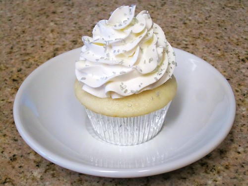 day 246: champagne cupcake