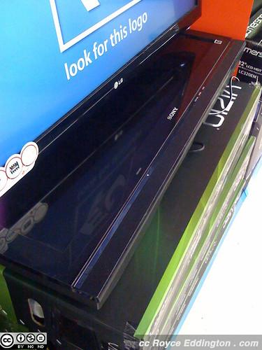 WalMart and Sony HDTVs 01