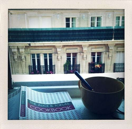 Breakfast on rue Rambuteau