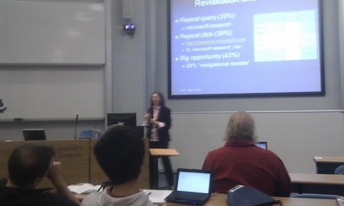 Susan Dumais van Microsoft Research in actie als key-note tijdens ECDL2010