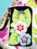 Porta Celular (Fuxico de Chita) Tags: de flor artesanal porta fuxico celular feltro tecido aplicação sacola ecológica customização