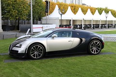 2010 Bugatti Veyron Super Sport (01) (Georg Sander) Tags: pictures 2005 auto old wallpaper castle classic cars car vintage photo automobile foto shot image photos shots antique picture photograph fotos classics vehicle oldtimer autos bild capture schloss bugatti chteau bilder 2010 captures veyron automobil aufnahmen bensberg aufnahme schlos gerald1311
