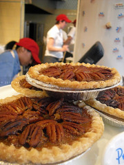 Mini Pecan Pies, Hill Country Chicken, Flatiron District, NYC (PHUDE-nyc) Tags: cremebrulee classic chicken ice fountain cheese pie dessert mashed potatoes lemon skin herbs drum coconut south wing cream creme desserts southern t