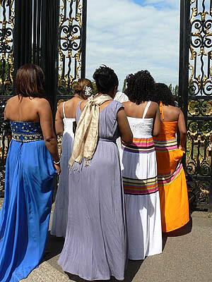 le mariage entre dans Regent's park.jpg