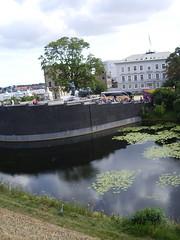 near castle (Rosa Alba Macdonald) Tags: copenhagen danmark frit kastellet kobenhavn amalineborg copehagencastle