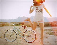 (Gaby J Photography) Tags: blue mountains bike bicycle self jumping desert lightleak beachcruiser bicyleshirt gabyjeter