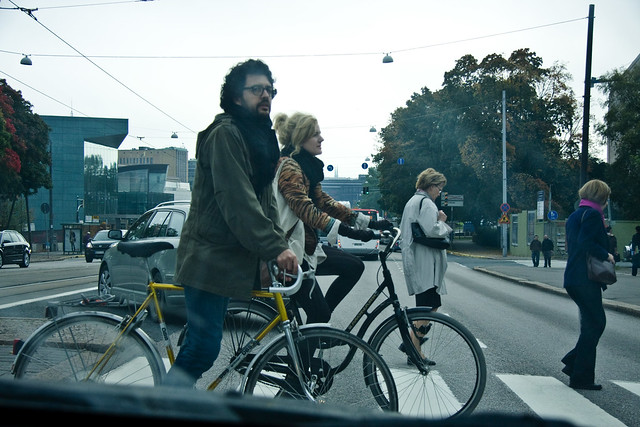 Helsinki Bicycle Life_Crossing Couple