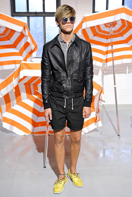Robbie Wadge3420_SS11_NY Band of Outsiders(VOGUEcom)