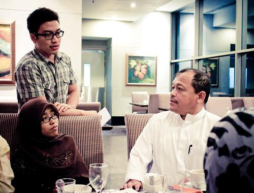 2 Hari Bersama Dato Shahidan Kassim :: Buffet Hotel Manhattan ::