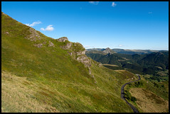 ..:: Une petite pointe de Cantal ::.. (Yoggibat) Tags: road montagne tokina route uga mont moutain puy auvergne cantal crte grandangle 1116 tokina1116mmf28atx