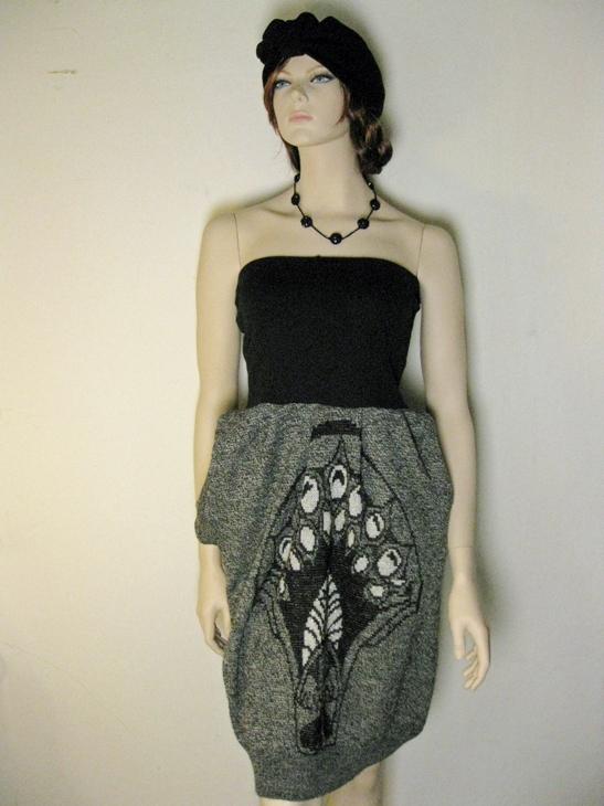 DIY sweater skirt refashion tutorial by Ainokainen 11