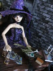 Something wicked this way comes (~ Eglantine ~) Tags: halloween spider handmade witch alice gothic goth lolita bjd msd minisuperdollfie mnf minifee rheia faityland