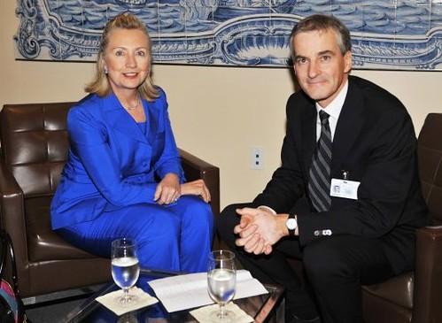 Hillary Clinton hair clip 5