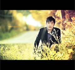 Sunny boi! (Front Page) (Ziyan | Photography) Tags: light boy portrait man fall golden canon5d backlit    ziyan   canonef70200mmf28lisiiusm