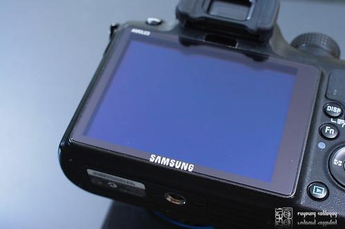 Samsung_NX10_exterior_15