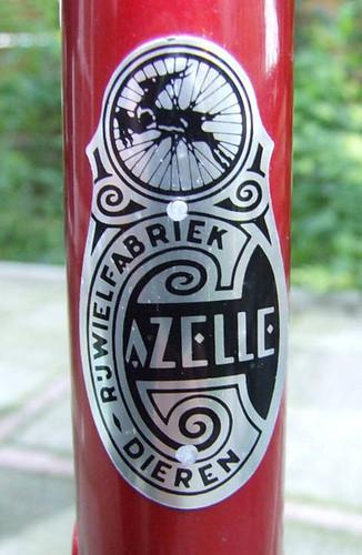 gazelle crest