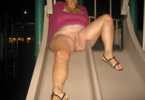 candid topless sunbathing beach voyeur pics: nudebeach