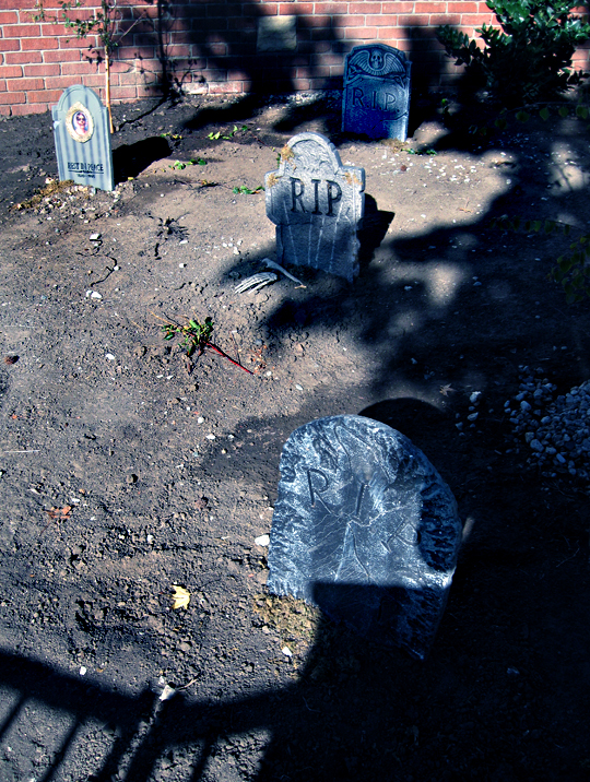 halloween decor cemetary + tombstones + graveyard